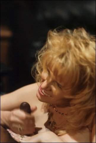 Meerdere supergeile hete interraciale sexfilmpjes
